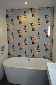 floral bathroom glass splashback design